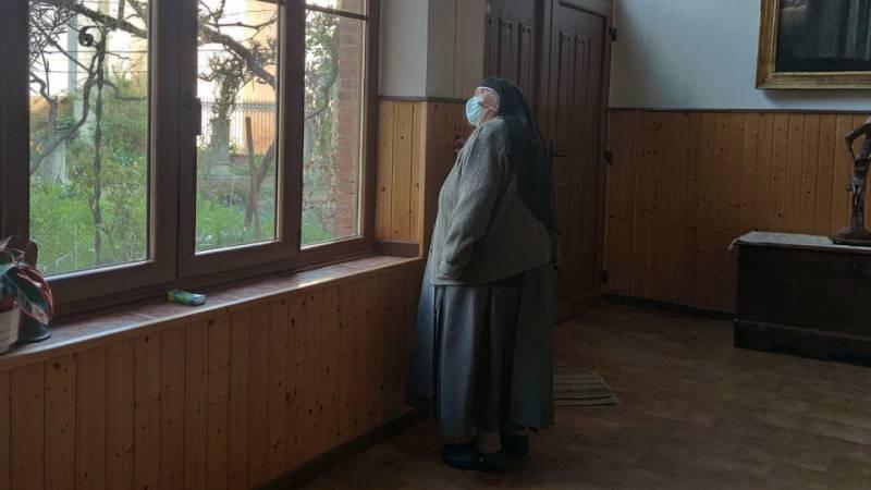 Artesfera - ¿Cómo viven las monjas de clausura? Visitamos el convento de las Brígidas de Paredes de Nava, en Palencia - 07/05/21 - escuchar ahora