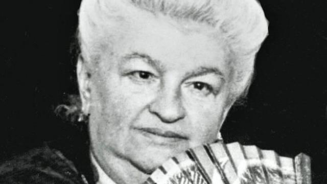 Emilia Pardo Bazán, en su centenario