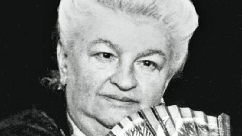 Documentos RNE - Emilia Pardo Bazán, en su centenario - 07/05/21 - escuchar ahora