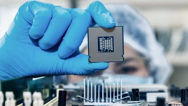 No es un día cualquiera - Semiconductores y microchips - Blas Moreno - El Orden Mundial - 09/05/2021 - Escuchar ahora