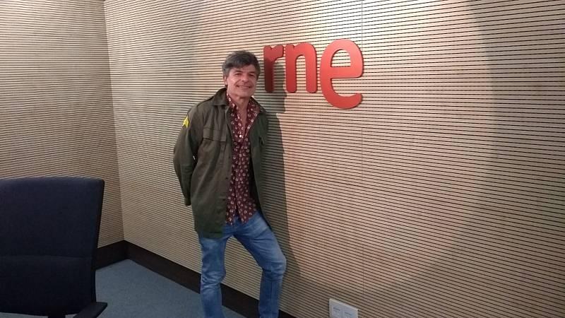 De vuelta en Radio 5 - Conocemos la historia de Mario y Dorin en 'Juguetes rotos' con Nacho Guerreros - Escuchar ahora