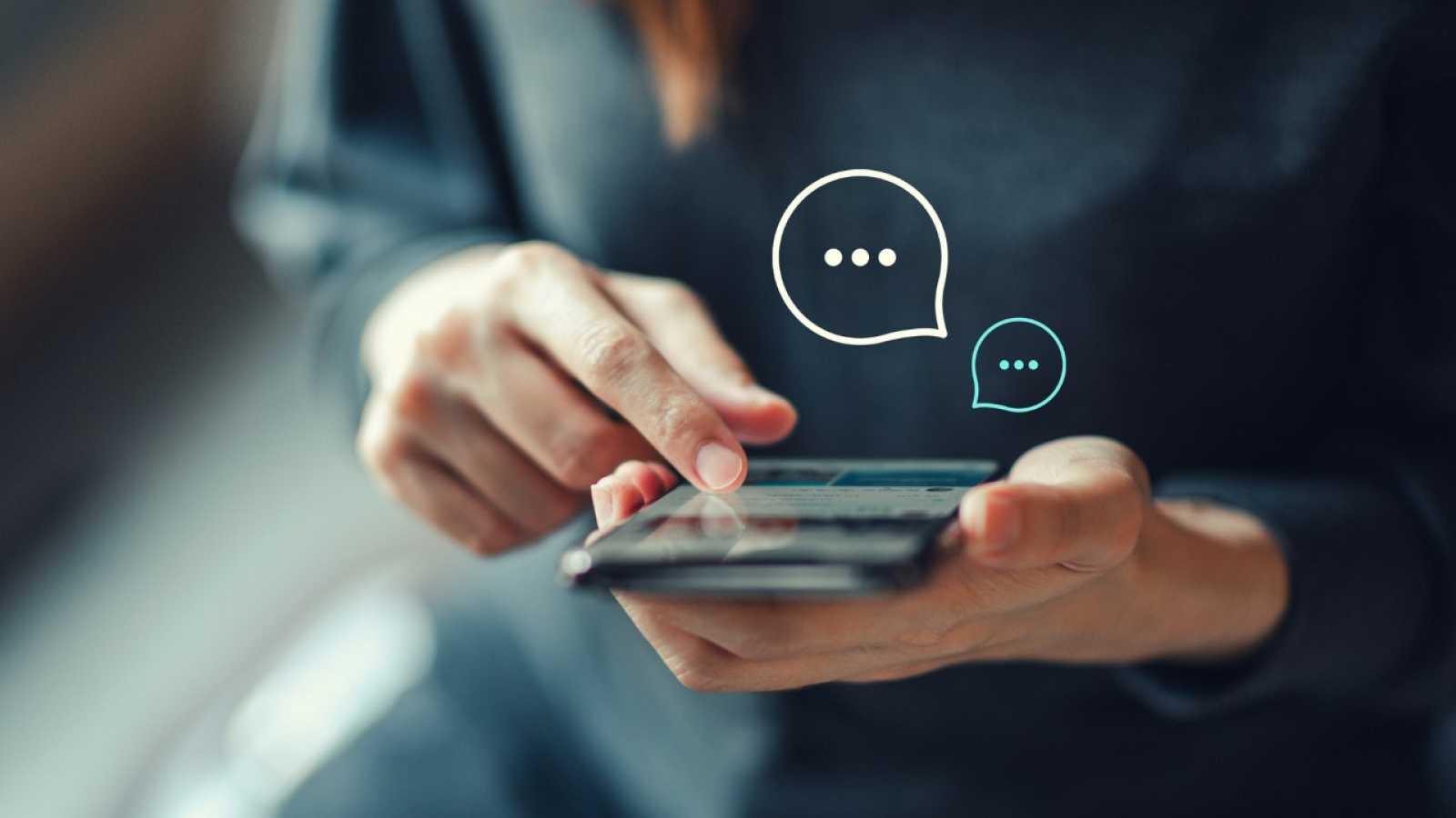 Por tres razones - ¿WhatsApp es inofensivo? - 10/05/21 - escuchar ahora