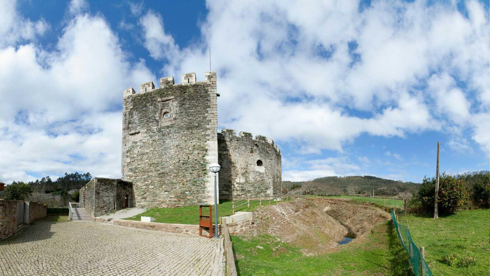 Reportajes Emisoras - La Coruña - Piedra de Moeche - 10/05/21 - Escuchar ahora