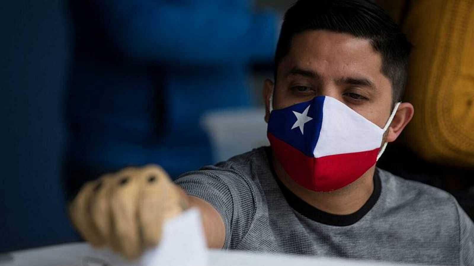 Reportajes 5 Continentes - Chile inicia esta semana un largo proceso electoral - Escuchar ahora
