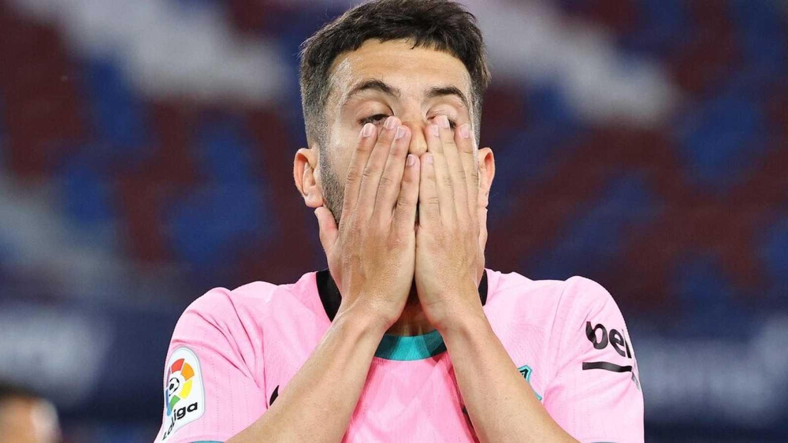 Tablero deportivo - El Barcelona dice prácticamente adiós a la Liga - Escuchar ahora
