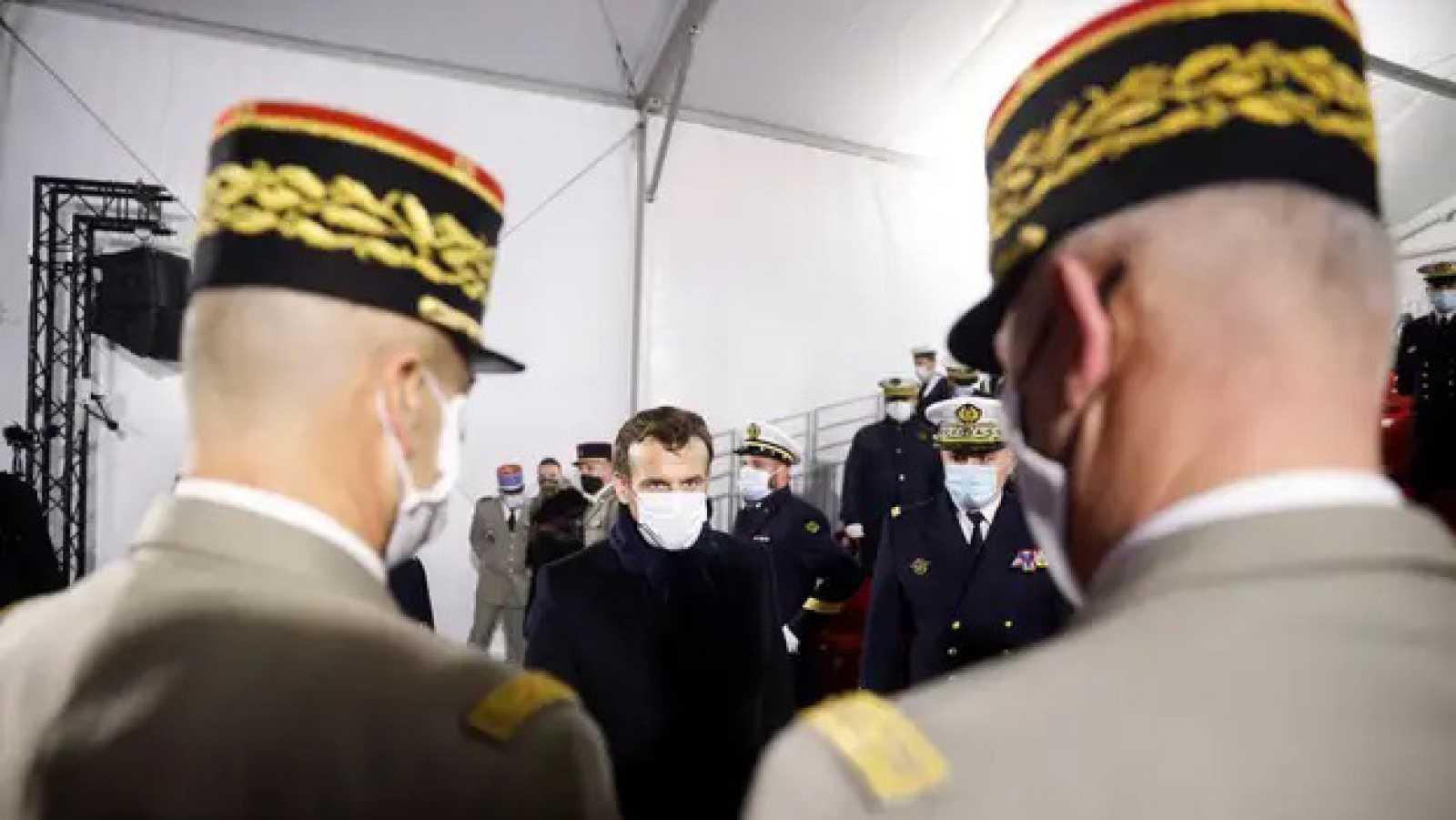 Europa abierta - Los militares irrumpen en la política francesa - escuchar ahora