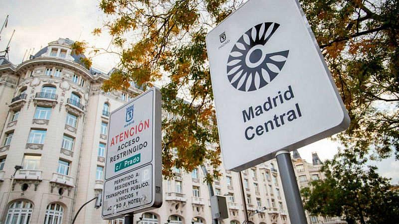 """Más cerca - """"Madrid Central"""" deja de respirar dos años y medio después - Escuchar ahora"""