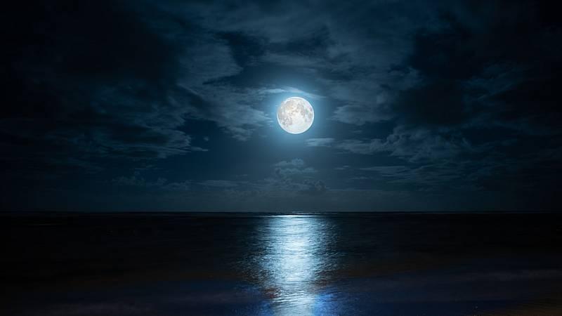 El palabrero - Luz de luna - 13/05/21 - Escuchar ahora