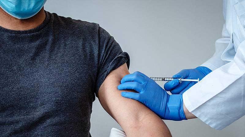 Edició Migdia - Salut vacunarà als menors de 40 anys al juliol