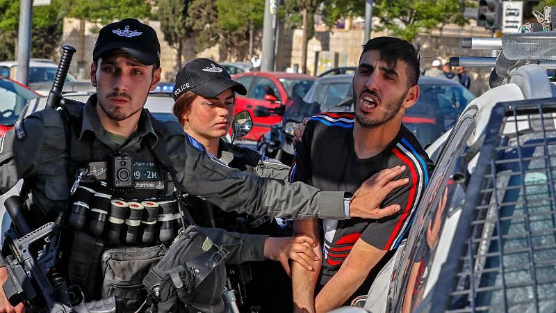"""14 horas - Disturbios entre judíos y árabes en las ciudades mixtas de Israel: """"Las dos comunidades vivían en dos planetas diferentes"""" - Escuchar ahora"""
