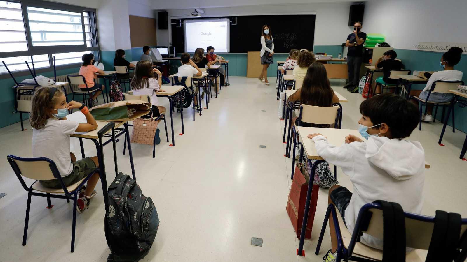 14 horas - Los sindicatos exigen ratios bajas y mantener el refuerzo de profesores - Escuchar ahora