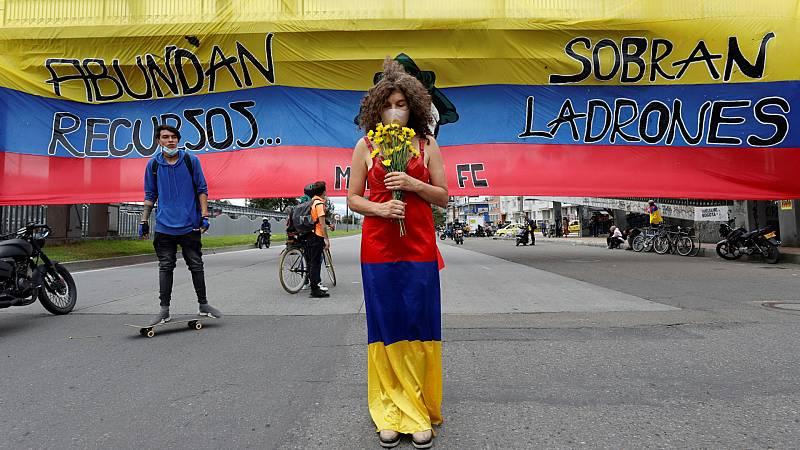 Cinco continentes - Colombia: siguen las protestas; comienza el diálogo - Escuchar ahora