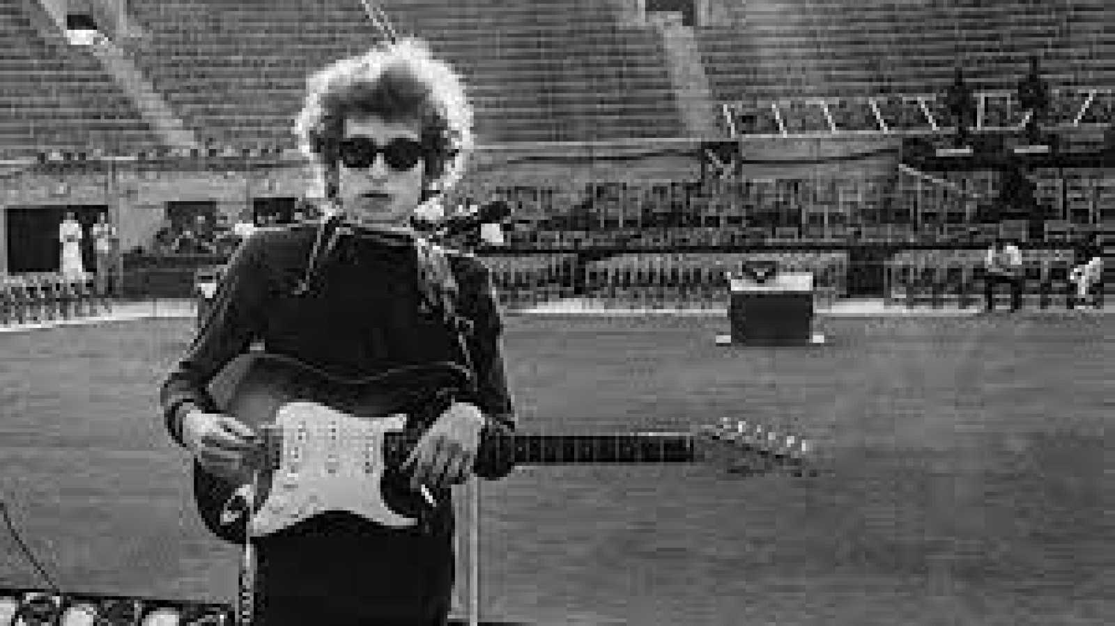 """Disco grande - Museo para Dylan en Oklahoma y a Fontaines DC les va lo """"disco"""" - 14/05/21 - escuchar ahora"""
