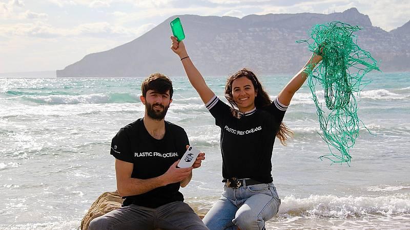 Gente despierta - Gente emergente - Gravity wave, la 'startup' que recoge plástico del mar por ti - Escuchar ahora