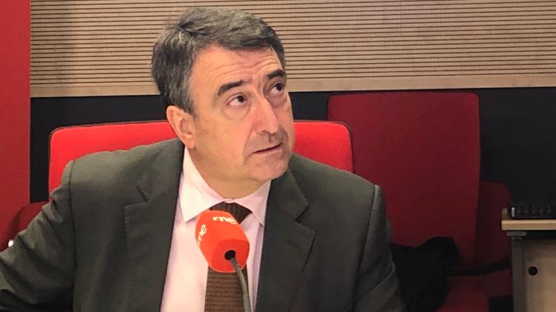 """24 horas - Aitor Esteban, PNV: """"Europa debería tener ya una política migratoria y no decir que tiene una de asilo"""" - Escuchar ahora"""