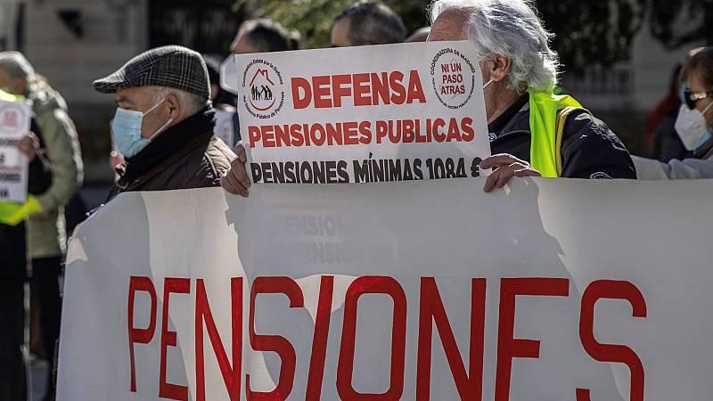 """España a las 8 Fin de Semana - Los pensionistas vuelven a las calles: """"Las reformas que se están pactando en Bruselas a espaldas de pensionistas y trabajadores son lesivas"""" - Escuchar ahora"""
