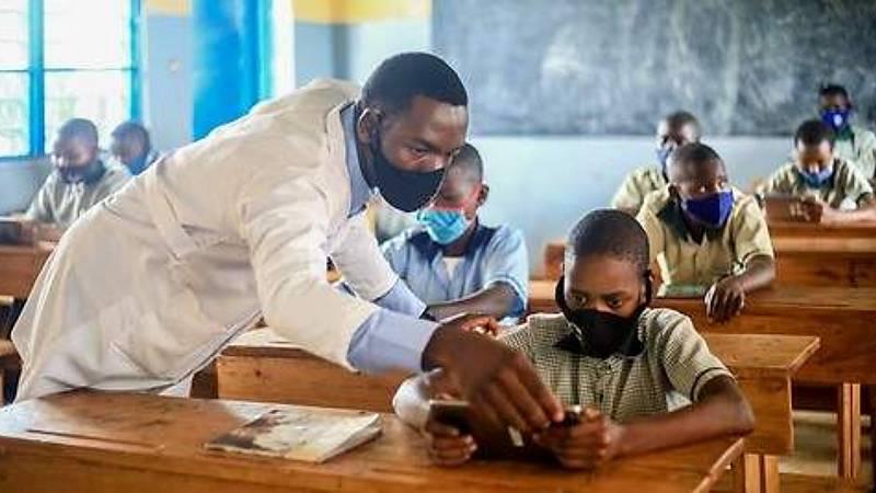 Educar para la paz - El poder transformador de la E-Ducación en África - 02/06/21 - Escuchar ahora