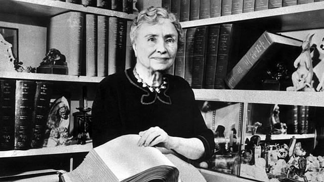 Hellen Keller, el mundo en sus manos