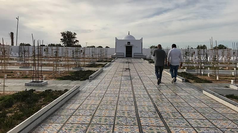 14 horas - El jardín de África: un memorial para los náufragos del Mediterráneo - Escuchar ahora