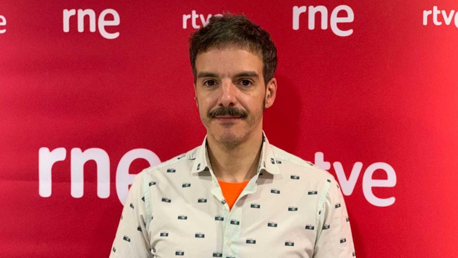 De boca a orella - Entrevista a Javier Giner