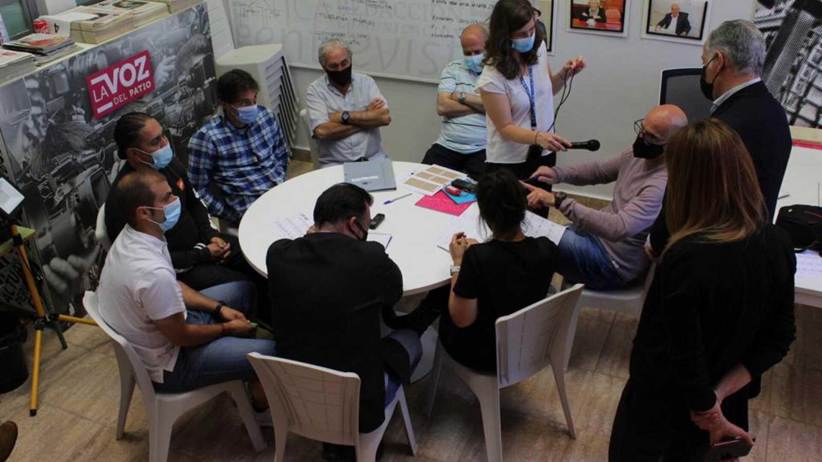 Por tres razones - Los presos de la cárcel de Burgos entrevistan a Marlaska - Escuchar ahora