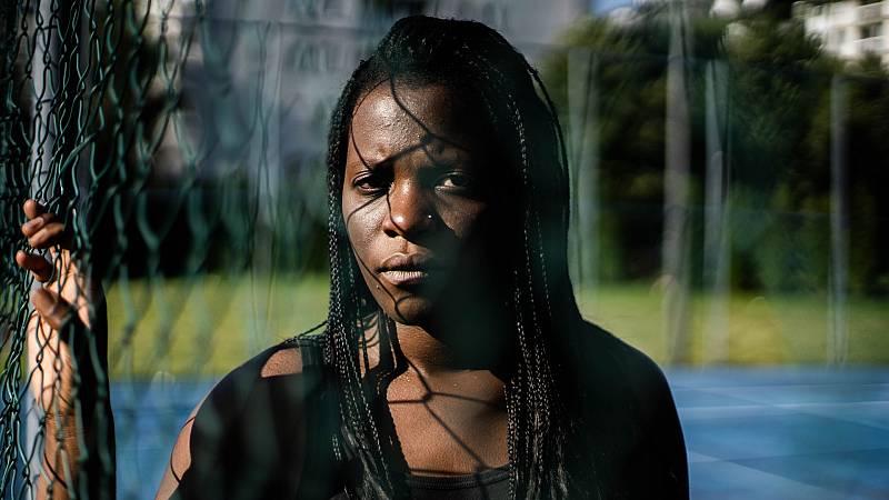 Más cerca - Migrantes víctimas de violencia machista, aún más vulnerables - Escuchar ahora