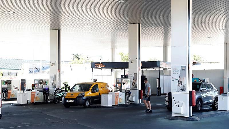 14 horas - La gasolina alcanza el precio más alto en siete años - Escuchar ahora