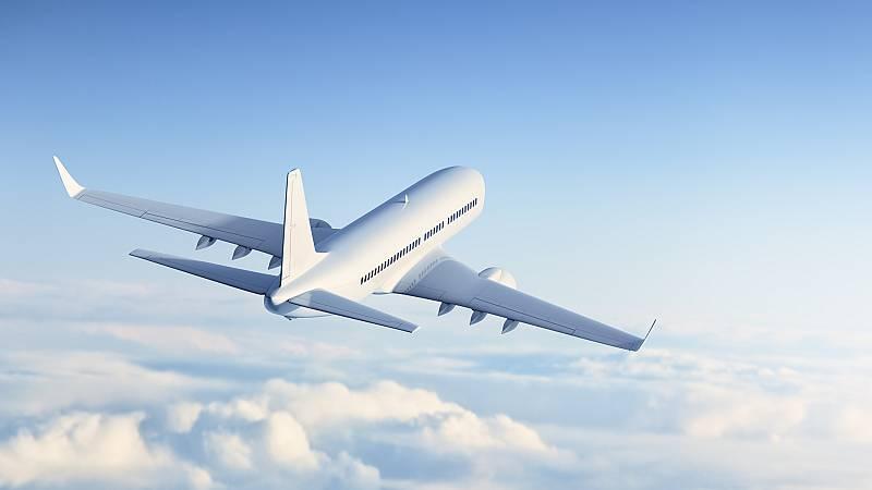Más cerca - El aterrizaje del negocio aéreo - Escuchar ahora