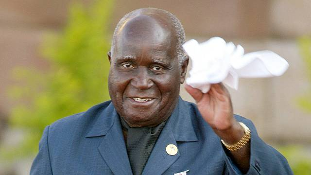 Muere Kenneth Kaunda, primer presidente de Zambia