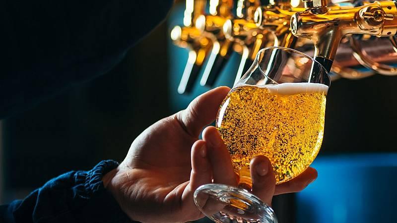 La recuperación de la cerveza y de los licores - Escuchar ahora