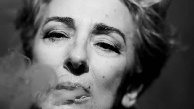 Poesía Exterior - La poesía es una actriz en el teatro del poema - 24/06/21 - escuchar ahora