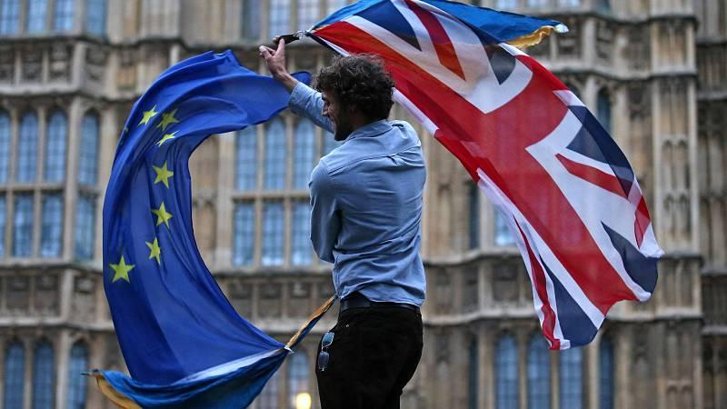 14 horas - Cinco años del referéndum del Brexit: los ciudadanos de la UE tienen 28 días para formalizar su residencia - Escuchar ahora