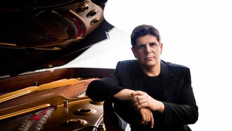 Reportaje: Javier Perianes o la poética del piano - escuchar ahora