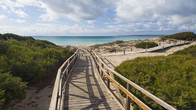Escapadas - De senderismo por Formentera - 25/06/21 - Escuchar ahora
