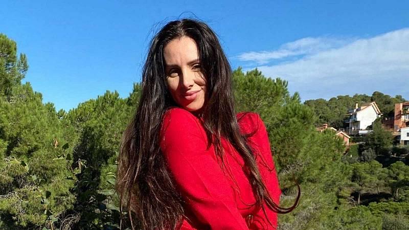 Tarde lo que tarde - La Mala Rodríguez nos enseña 'Cómo ser mala' - Escuchar ahora