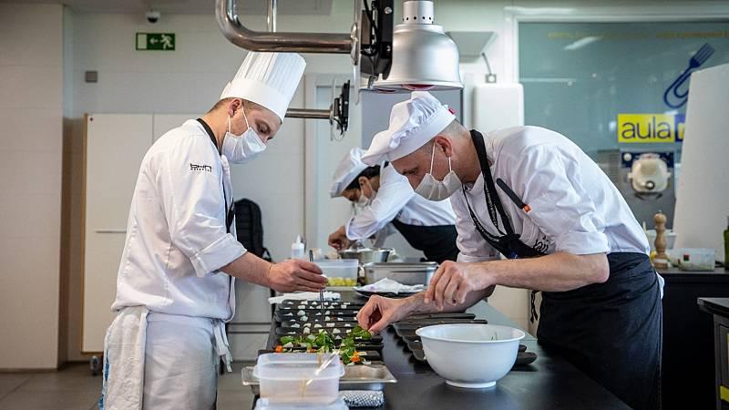 """Por tres razones - BCC: """"La única facultad de gastronomía en Europa"""" - Escuchar ahora"""