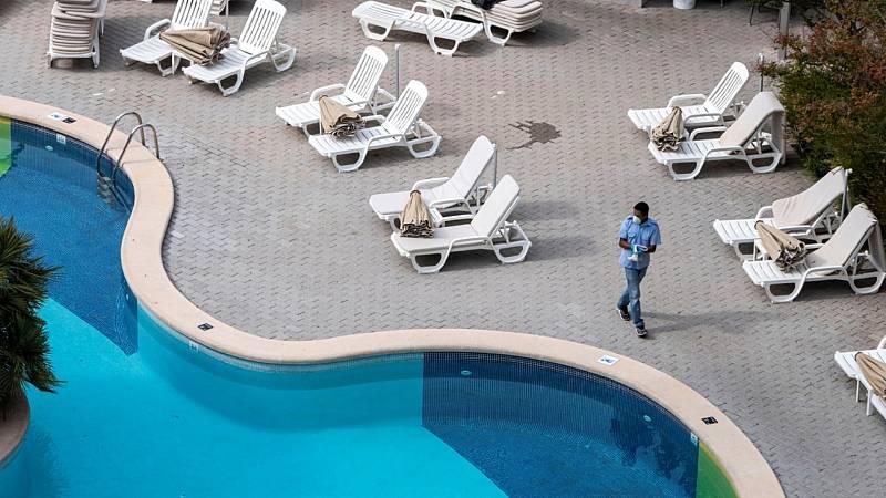 14 horas - Los hoteles prevén un verano de altibajos y piden cambiar los criterios de vacunación - Escuchar ahora