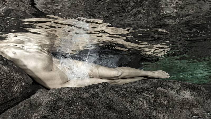Por tres razones - 'Somos agua': el objetivo de Isabel Muñoz - Escuchar ahora