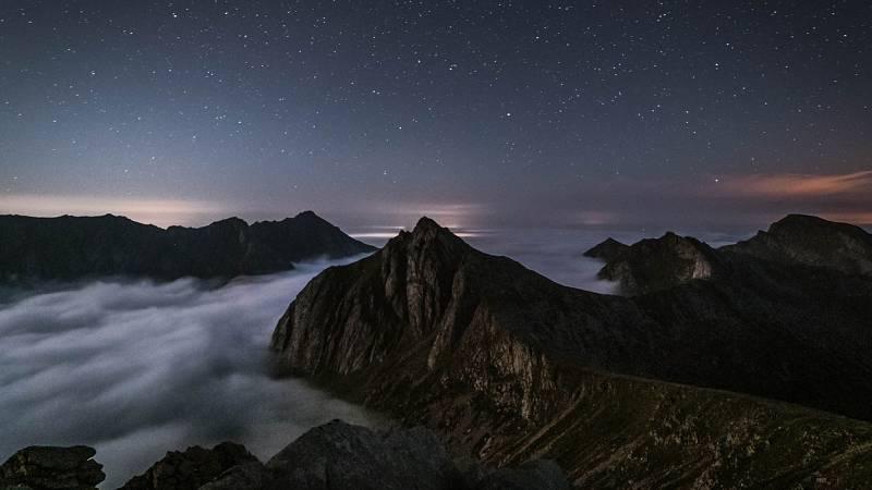 Noches en los jardines - Entre dos montañas ascendía una estrella - 22/07/21 - escuchar ahora