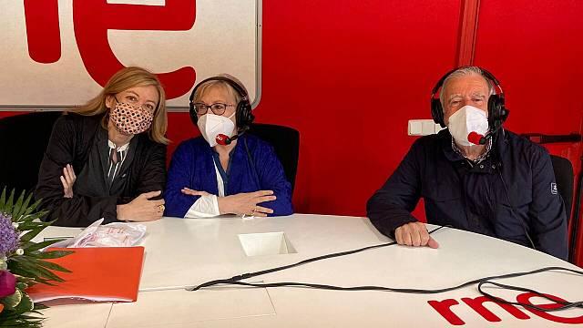 50 años de TVE en Galicia:  Tereixa Navaza y Xoan Barro