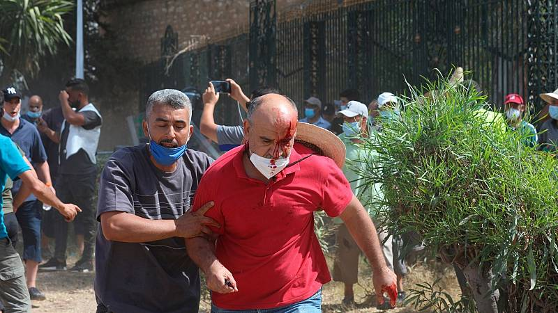 14 horas - Claves de la crisis en Túnez: desempleo, corrupción y pandemia - Escuchar ahora