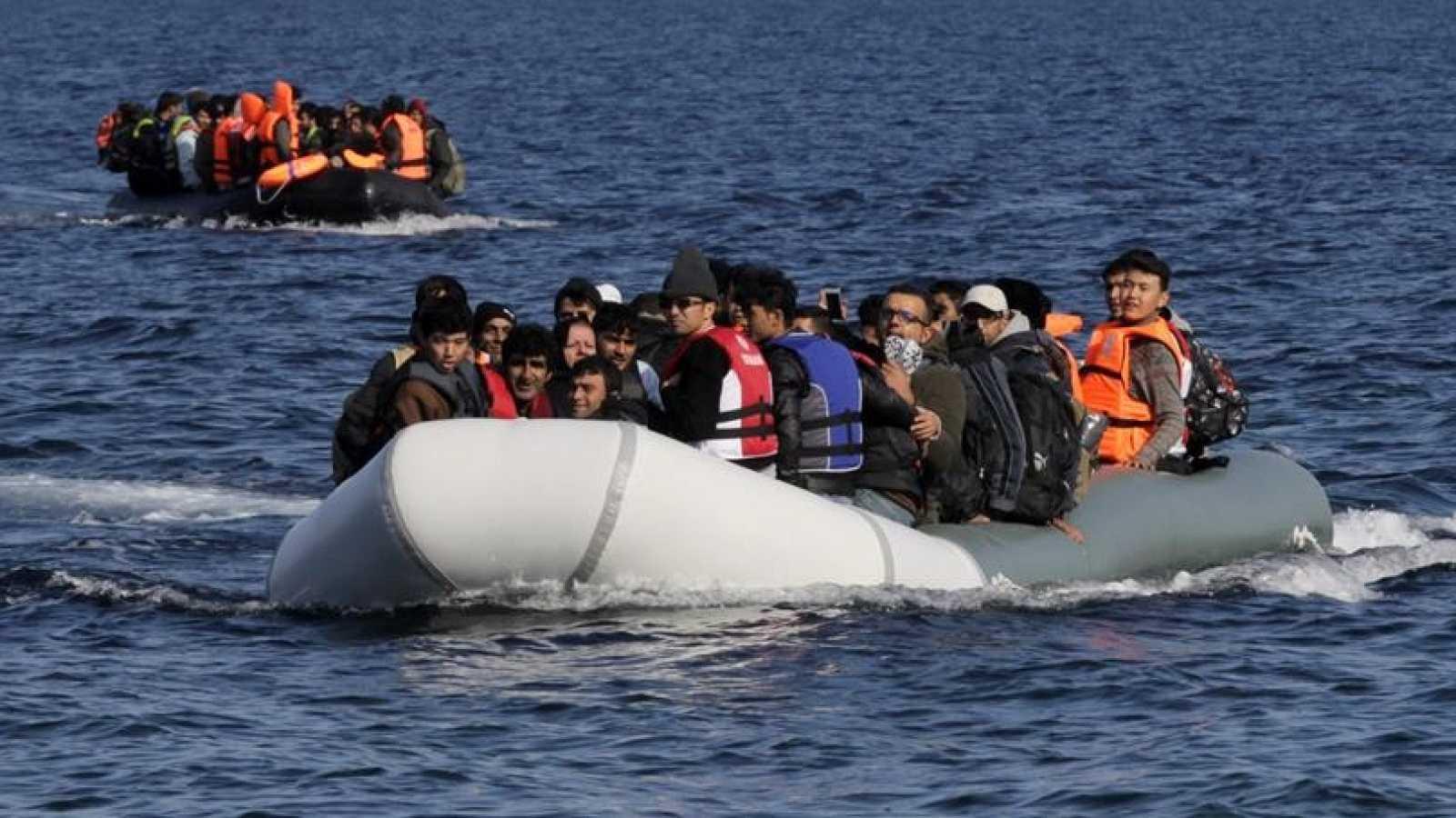 Europa Abierta - Frontex cuestionada por su control de la inmigración en la UE - Escuchar ahora