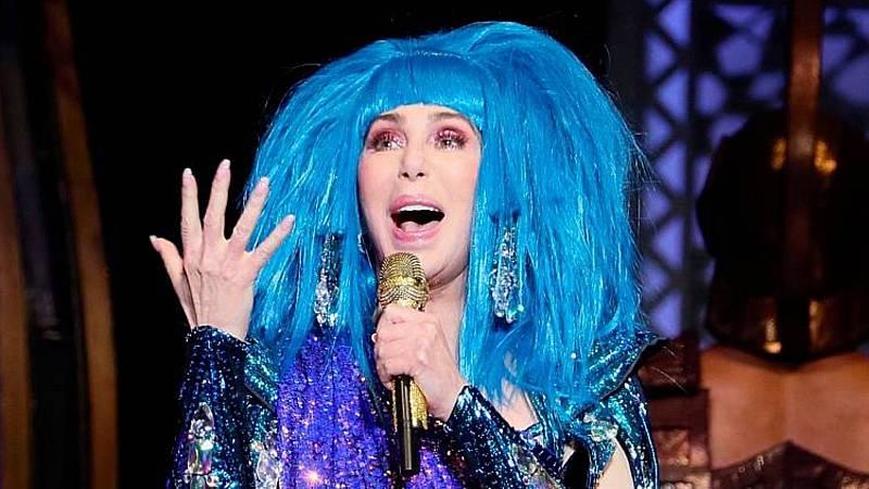 El gallo que no cesa - 'Escuela de Divas': Las cinco lecciones vitales de Cher - Escuchar ahora