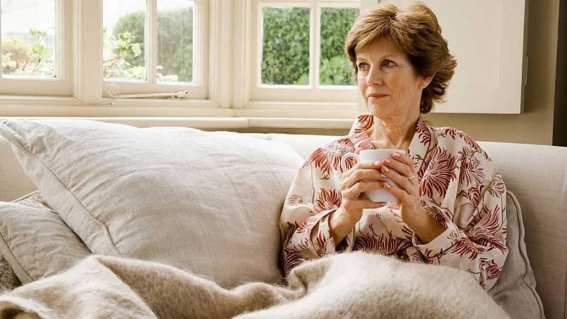 """14 horas - Cuando el alzhéimer llega con menos de 65 años: """"La sociedad nos aparta"""" - Escuchar ahora"""