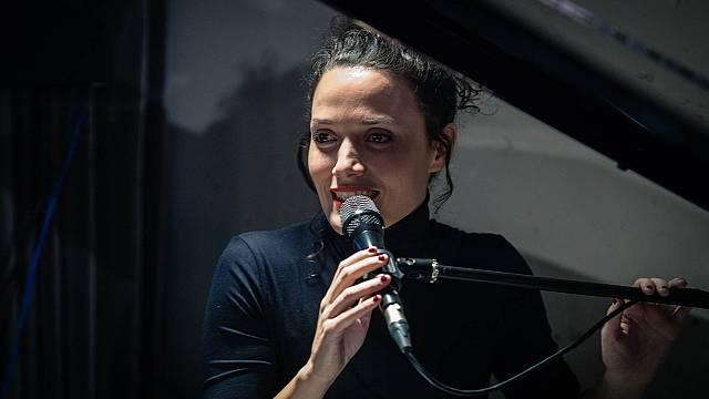 Voces carismáticas con Sheila Blanco