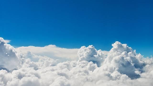 Nubes soñadoras