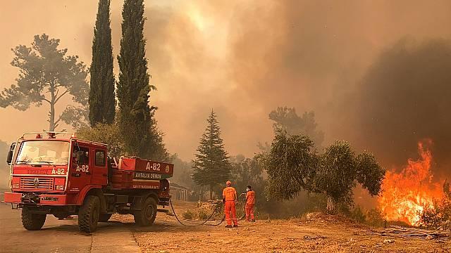 Ocho muertos por los incendios en Turquía
