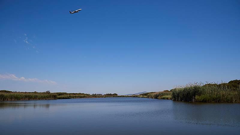 14 horas - Entidades sociales y ecologistas miran con recelo la ampliación de El Prat - Escuchar ahora