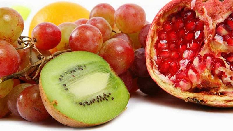 Tarde lo que tarde - Encender una bombilla con fruta - 13/08/21 - escuchar ahora