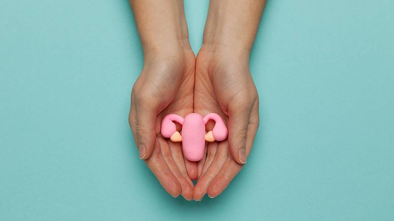 Por tres razones - ¿Nos ayudaría saber cuándo llegará la menopausia? - Escuchar ahora